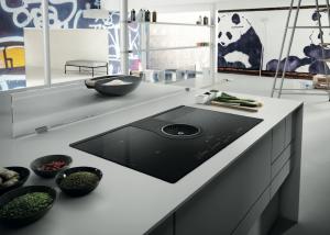 Afzuiging keuken: Elica NikolaTesla inductiekookplaat met geïntegreerde afzuiging