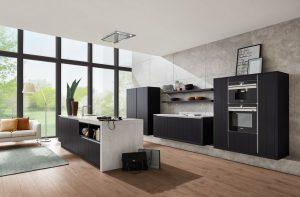 Advies van een keukenspecialist – Häcker keuken met keukeneiland AV 6021 eiken zwart