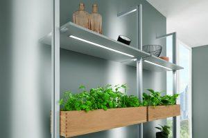 Keukenaccessoires: kruiden kweken in de keuken - Nobilia Backlight LED plant lampen in het keukenontwerp