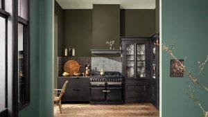 Modern klassieke keuken keukenmuren verven met Flexa verf tranquil dawn, forest song & greyed green