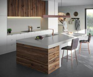 Moderne keuken met een grijs composiet aanrechtblad, Silestone Sunlit Days Cincel Grey
