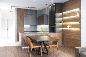 Railverlichting keuken aan het plafond, Max Vakhtbovych, Pexels
